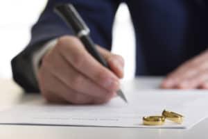 Contested Divorce Lawyer Colorado Springs