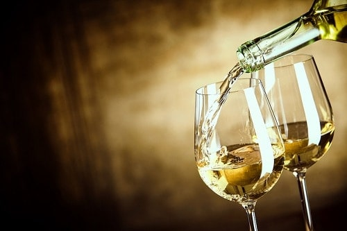 Learn About Sauvignon Blanc Taste and the Best Sauvignon Blanc Food Pairings | Winetraveler.com