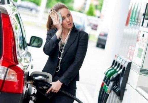 В Омске перед снятием режима самоизоляции подорожали сразу два вида бензина