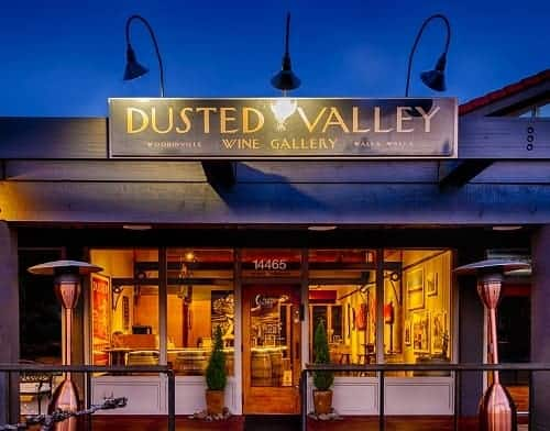 Dusted Valley | Best Woodinville Wineries and Tasting Rooms in the Hollywood District