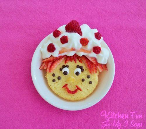 Strawberry Shortcake Cake | Living Locurto | Fun Food