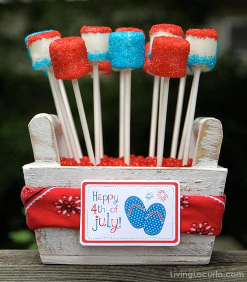 4th of July Marshmallow Pops are a sweet and easy no bake red, white and blue treat to make this summer! Easy party dessert recipe with printable tags.