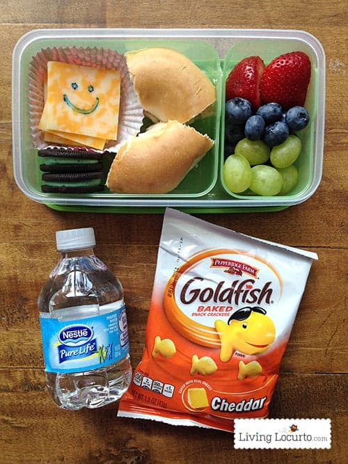 This Printable School Lunch Box Meal Planner with 85 School Lunch Ideas is a life saver! Helpful back to school tips. Parents will love these healthy and new school lunch ideas for kids.