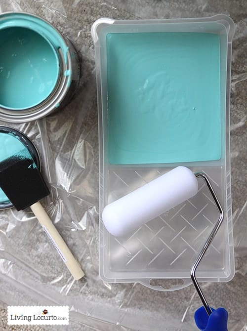 How to Paint an Exterior Door. Front Porch Makeover. LivingLocurto.com