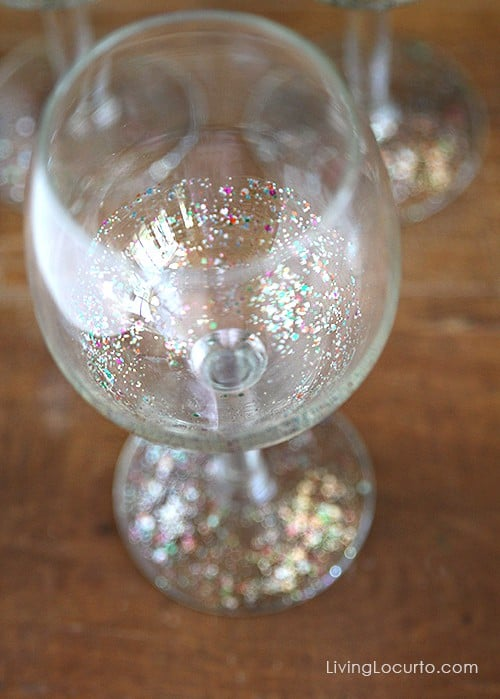 How to make a DIY Personalized Glitter Wine Glass - Easy Craft Tutorial by Amy Locurto LivingLocurto.com