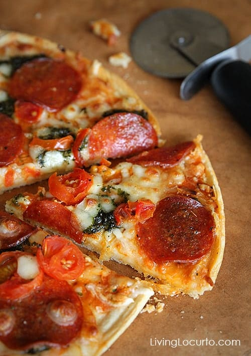 Ristorante Pepperoni Pesto Pizza by Dr. Oetker - Game Night Party Ideas