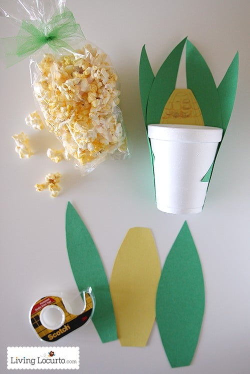 This cute Popcorn Corn on the Cob Snack is an easy Thanksgiving kids craft!