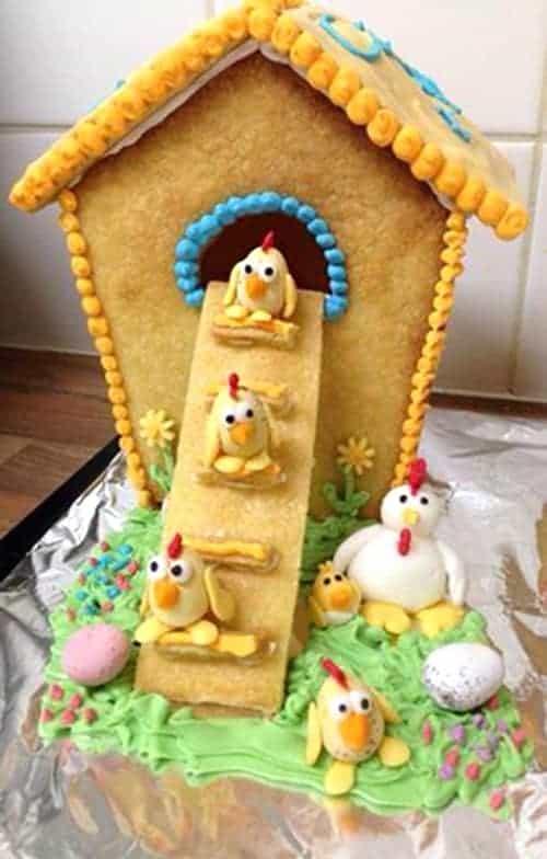Chicken Coop Gingerbread House Ideas - Cute Christmas DIY Idea