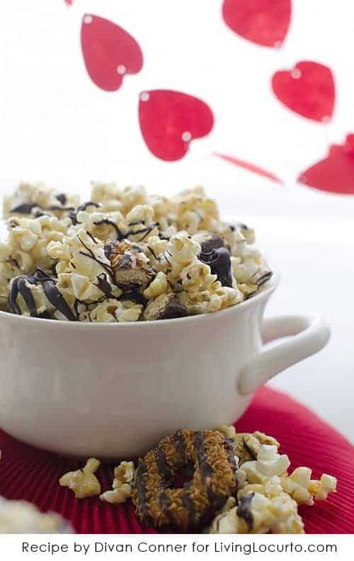A Chocolate Coconut Caramel Delight Popcorn Recipe that tastes just like Samoas Girl Scout cookies! LivingLocurto.com #Chocolate