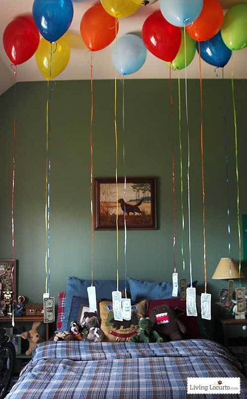 Fun Way to Give Money with Balloons! Perfect for a birthday, graduation or special occasion! LivingLocurto.com