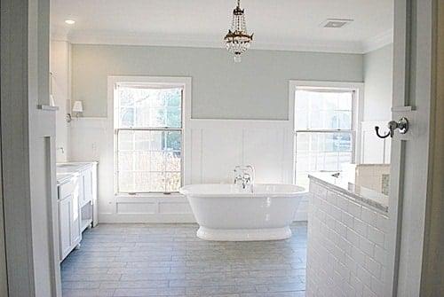 The best bathroom paint colors - Sea Salt