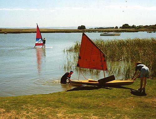 boat plan convert canoe or kayak into a sailboat. Drop in sailing rig: storerboatplans.com
