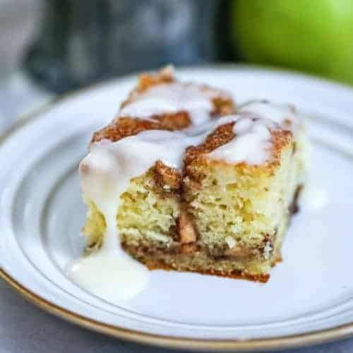 Apple Cinnamon Roll Coffee Cake