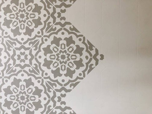 Amalfi Stencil over Linoleum floors
