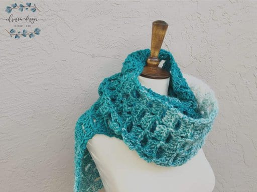 picture of chunky Crochet scarf in teal