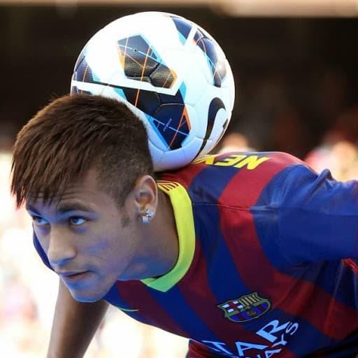 10 Best Neymar Hairstyles 2015