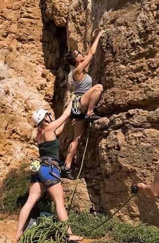 guide climbing portugal