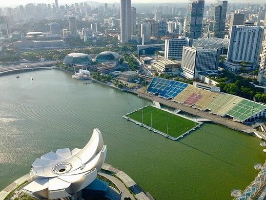 Singapur zählt zu den asiatischen Wirtschaftswundern: Blick vom Marina Bay Sands