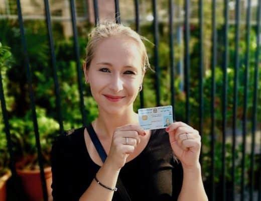 Leben in Dubai: Patricia mit ihrer Emirates ID