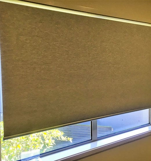 Window roller blinds for windows