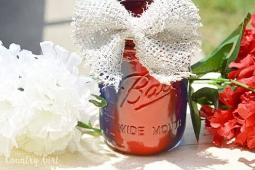 Easy DIY Painted Mason Jar Centerpiece