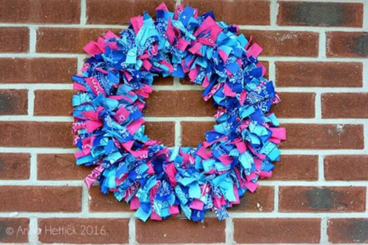 DIY Bandana Wreath Tutorial