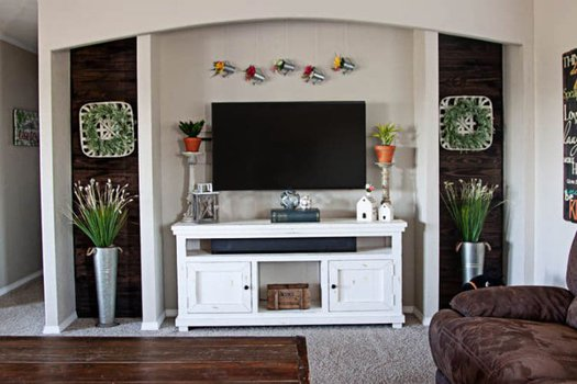 Spring Living Room Decor