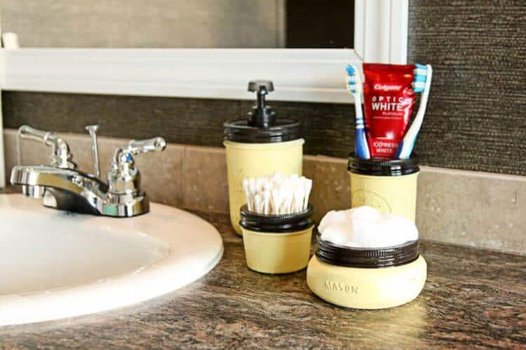 Mason Jar Bathroom Set. A simple way to add farmhouse flair to your bathroom!