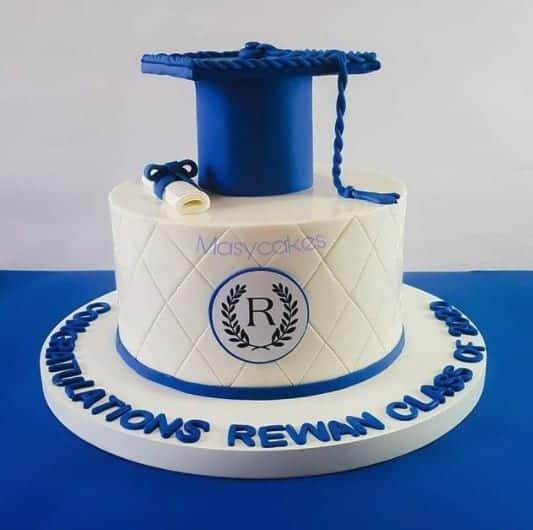 Blue Cap Grad Cake Graduation Cake Ideas