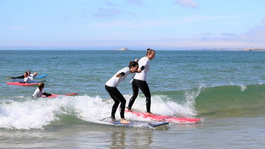 beginner surf lesson lisbon