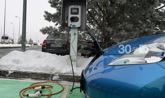Минниханову продемонстрировали приложение для зарядки электромобилей в Иннополисе