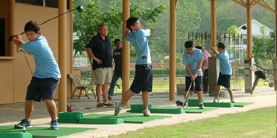 beginner golf lessons malaysia