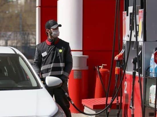 Сколько будет стоить горючее при отмене демпфирующего механизма, нефть дешевеет, а бензин дорожает