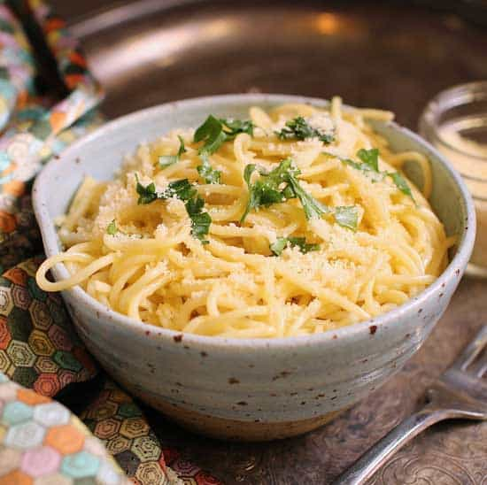 buttered noodles in a bowl.