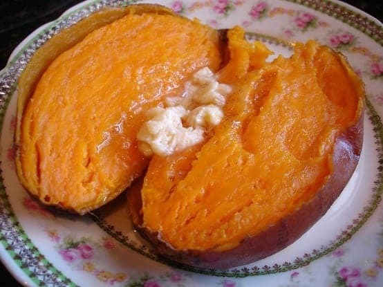 baked sweet potatoes with honey cinnamon