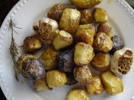 rosemary roasted new potatoes and garlic