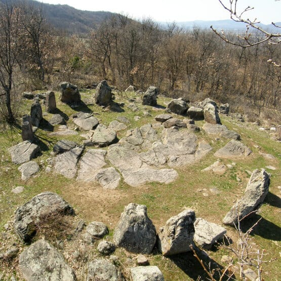 Crómlech Dolni Glavanak similar a visitar Stonehenge