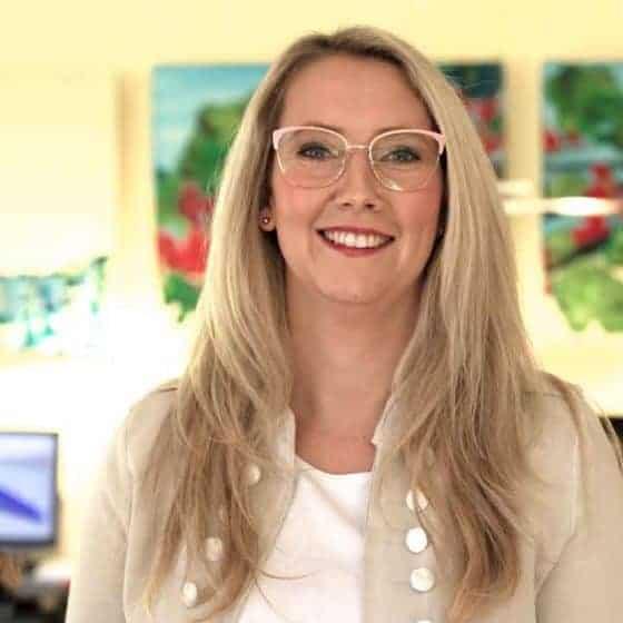 Mitarbeiterin Sylvia Kaul, Augenoptikermeisterin mit Weiterbildung für Low Vision
