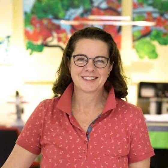 Mitarbeiterin Claudia Ludwig, Gesellin für Augenoptik und seit 2008 Teil des Teams (zuvor Optik Veit)