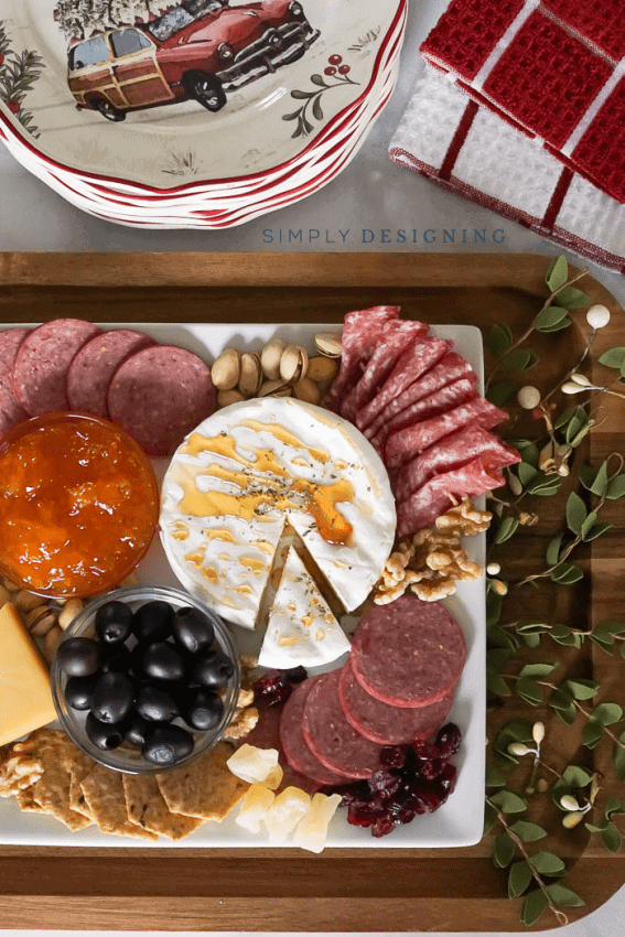 Charcuterie Board - Christmas Dishes - Christmas Appetizers