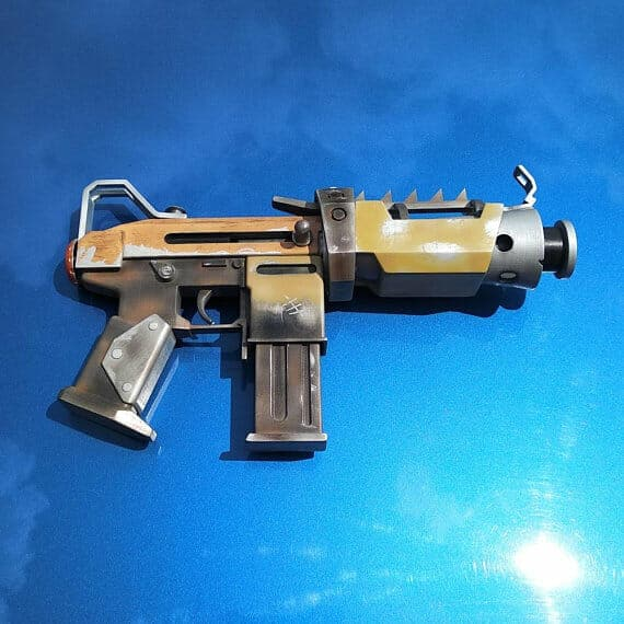 3D Fortnite props that you can buy Tactical SMG