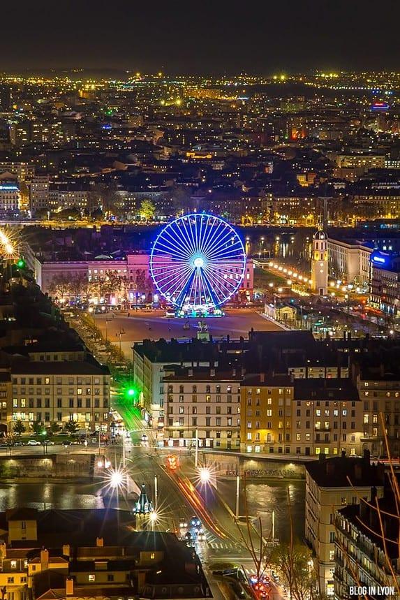 Grande roue place Bellecour | Blog In Lyon
