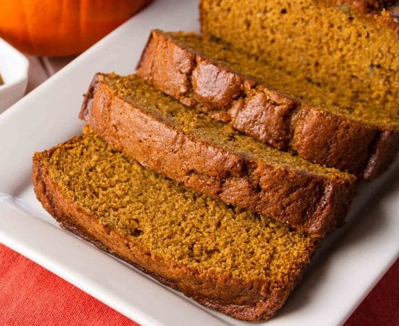 20 Smashing Pumpkin Breads for Fall!