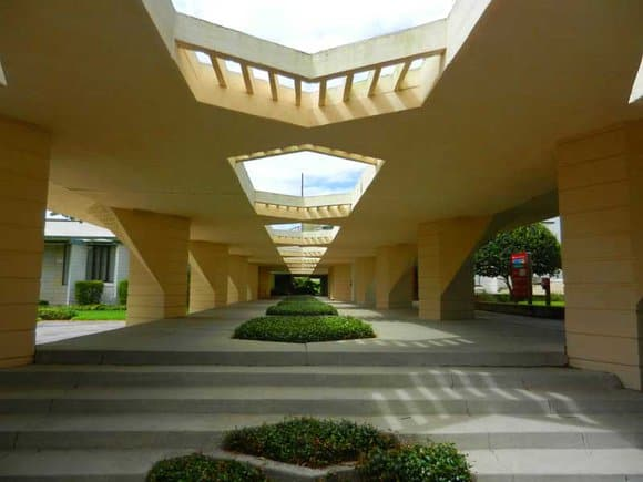 Frank Lloyd Wright Florida Southern College campus