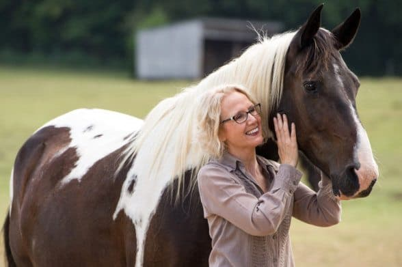 Legislators voted to temporarily repeal the state veterinarian rule requiring a vet license in order to offer equine massage services.