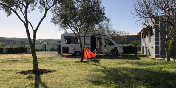 Berat Caravan Camping