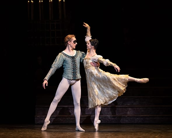 Natalia Osipova and David Hallberg in Romeo and Juliet