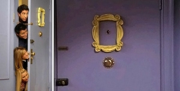 monicas-apartment-on-friends-purple-door