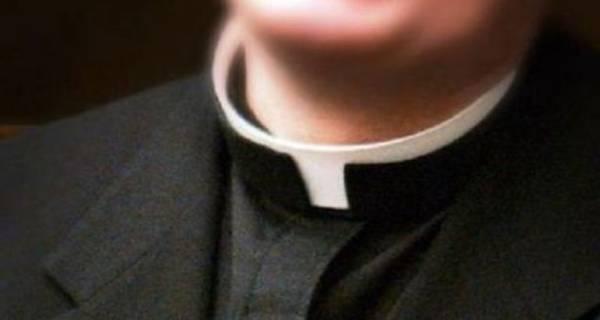 prete alimusa arrestato violenza 13enne