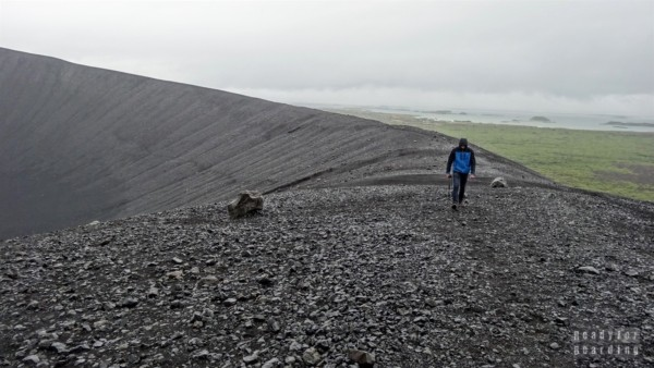 droga wokół krateru Hverfjall, Mývatn, Islandia północna